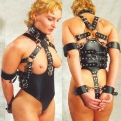 Black Leather Female Slave Bondage Costume