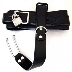 Collar with Nose Hook / Steel Nose Hook Linked Leather Neck Collar